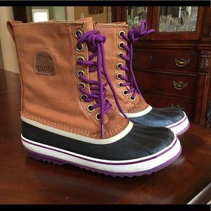 Sorel waterproof winter boots mid calf boots new 9